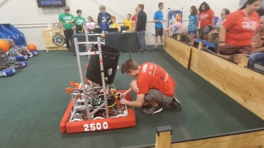Henry Herobotics shows off at MURA Field and State Fair